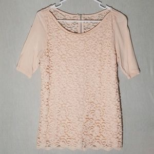 Laced Quarter Sleeve Top B40